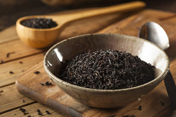 Dry Black Loose Leaf Tea in a Bowl